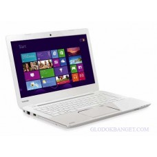 TOSHIBA Satellite L40-AS115W - White